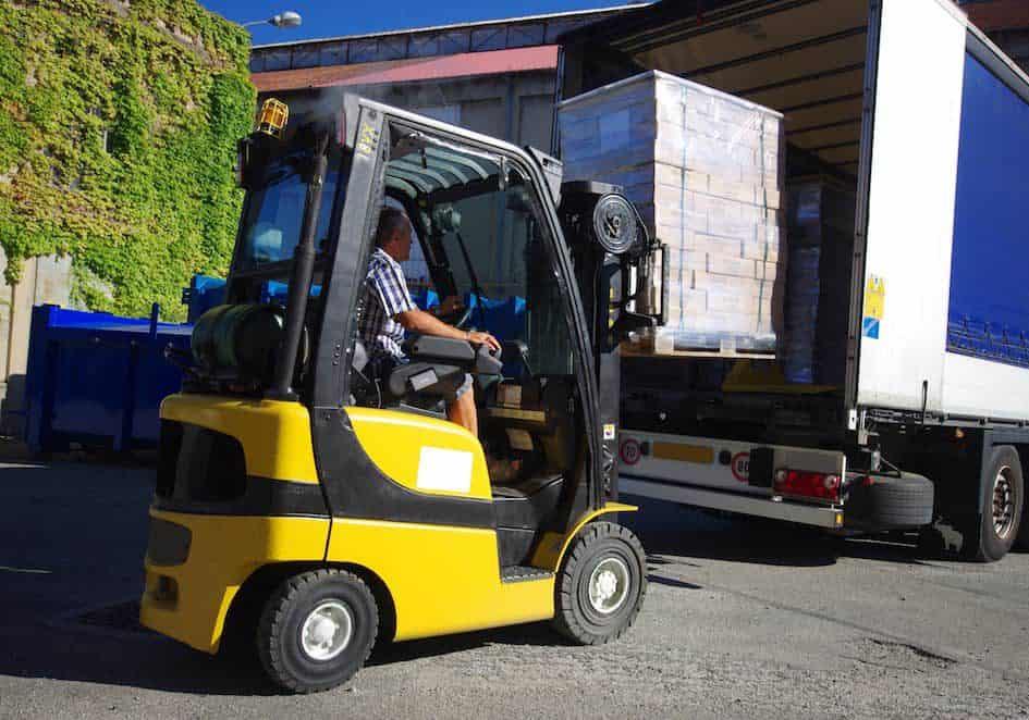 VTI - un service logistique en charge de la préparation et l'expédition des commandes